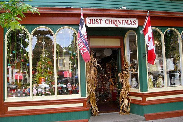 just-christmas-niagara-on-the-lake
