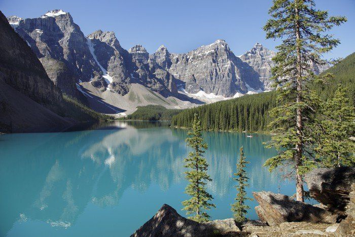 bucket list ideas for families travelling to Rocky Mountains, alberta, lake louise Canada with kids