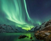bucket list ideas for families Northern Lights Iceland with kids