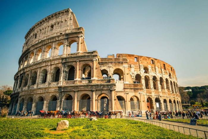 bucket list ideas for families travelling to Rome, Italy with kids