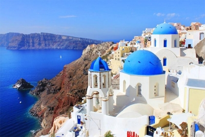bucket list ideas for families Greek Island hopping with kids