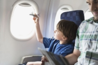 how-to-entertain-toddlers-on-a-plane