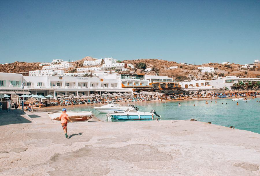 Top 5 beaches in Mykonos - Platis Gialos Beach