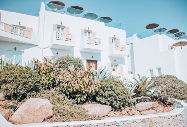 the george hotel mykonos reviews