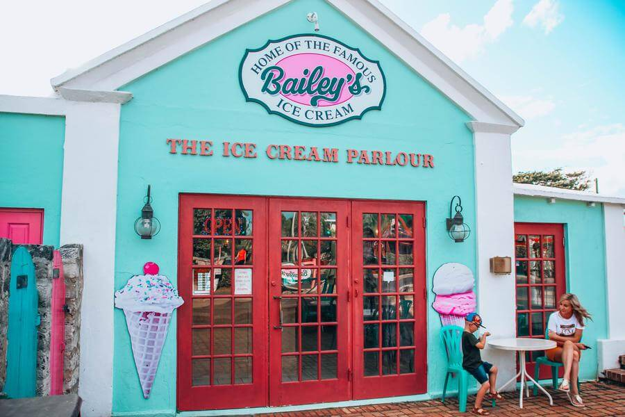 best things to do in Hamilton Bermuda - Baileys ice cream parlor