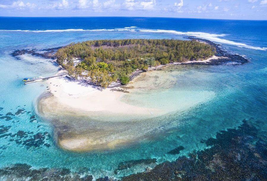 ile des deux cocos hiking trail mauritius