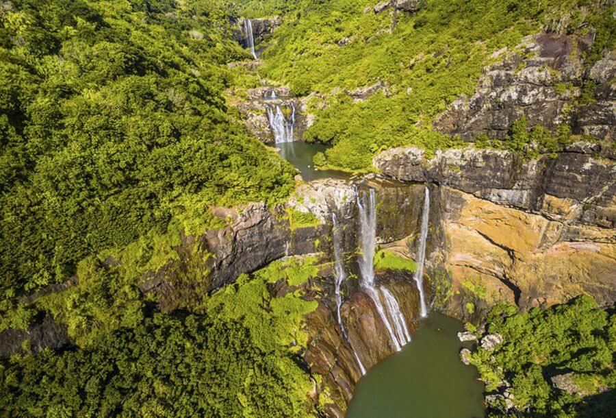 tamarind falls hiking trail mauritius