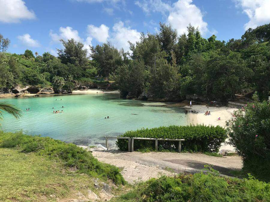 non touristy things to do in bermuda - admiralty house park