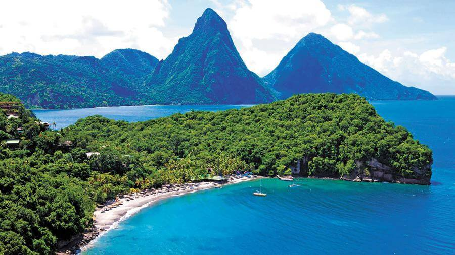 Best Non-touristy Things to do in St Lucia - Anse Chastanet Beach