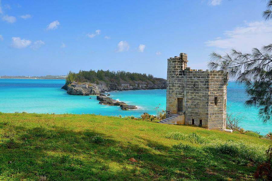 non touristy things to do in bermuda - castle island