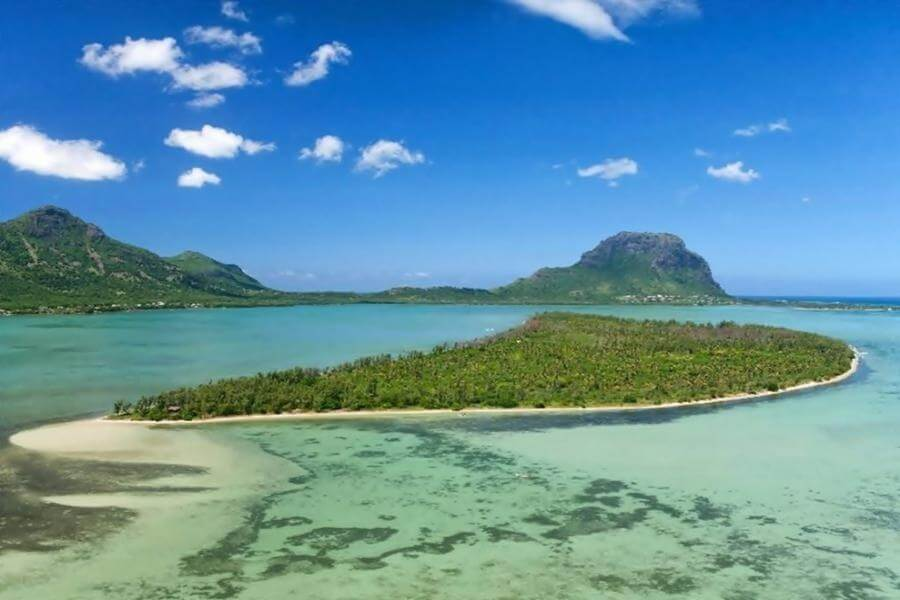 mauritius south island tour itinerary - Île aux Benitiers