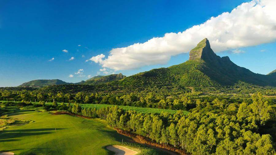most instagrammable places in Mauritius - Tamarina Golf Course