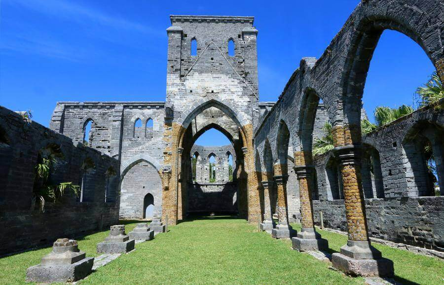 non touristy things to do in bermuda - the unfinished church