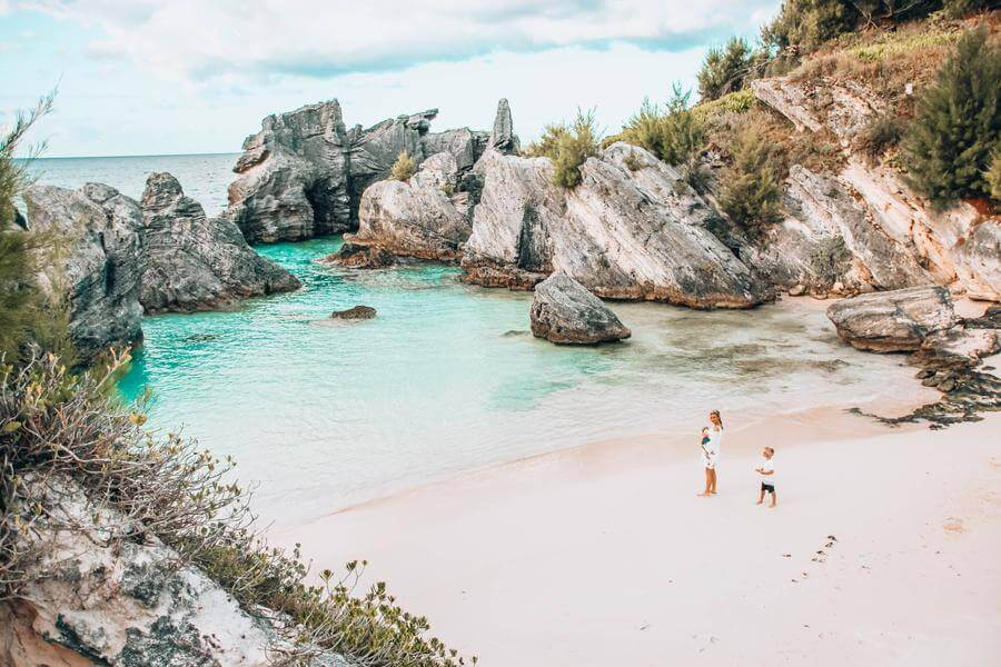 is bermuda in the caribbean | bermuda vs caribbean guide