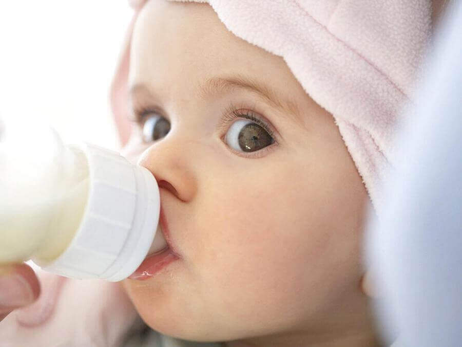 What Can I Take on a Plane For My Baby - baby milk
